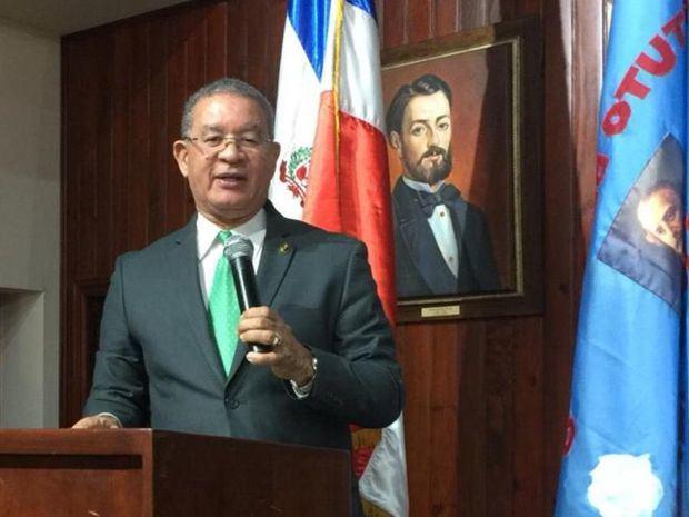 El Instituto Duartiano denuncia supuesta presión para regularizar a haitianos