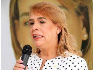 La aspirante presidencial al Colegio de Notarios, Laura Sánchez.