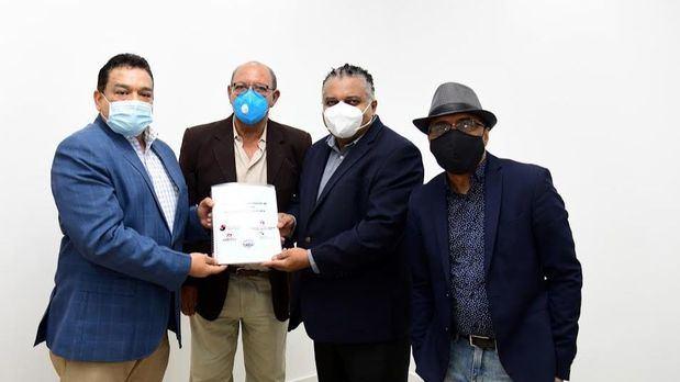 José Ruben Gonell Cosme, sostuvo un encuentro con representantes de la Sociedad Dominicana de Artistas  Intérpretes y Ejecutantes (SODAIE)