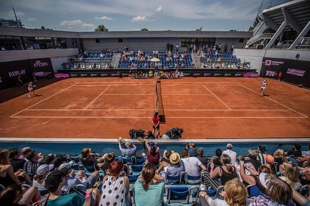 El torneo benéfico de Praga, con público y sin mascarillas
