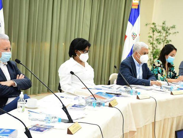 263 aspirantes han sido entrevistados por la Comisión Especial del Senado de la República