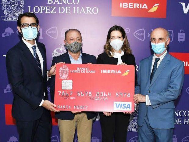 Javier Rodríguez Zelnick, jordana Gassó y Víctor Moneo.
