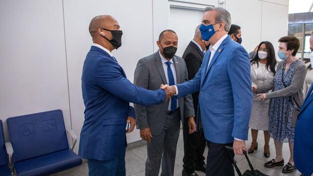 Presidente Luis Abinader arriba a la ciudad de Nueva York.