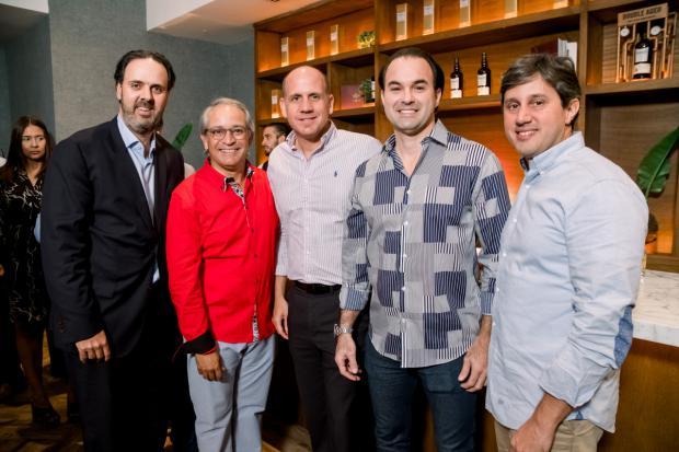 Ramsés Atallah, Félix Olivo, Franklin Mieses, Khalil Haché y Raymond Marcelino.