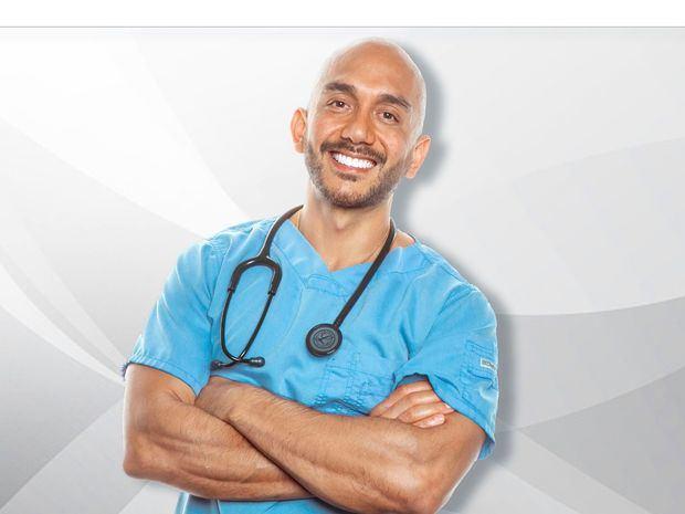 DR. SIMON FIT se sometió a prueba de vacuna contra el Covid -19