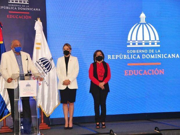 Ministerio de Educación presenta campaña