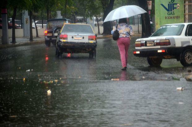 Suben a 24 las provincias en alerta por lluvias
