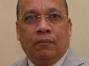 César Matos Díaz.