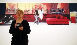 La artista Martha Rosler.