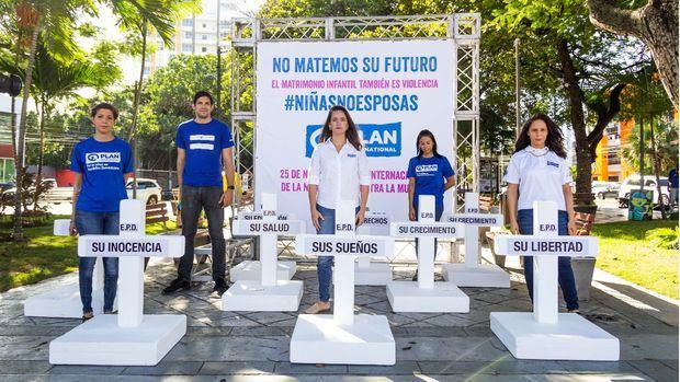 Plan International RD presenta campaña por Día Internacional de la No Violencia contra la Mujer
