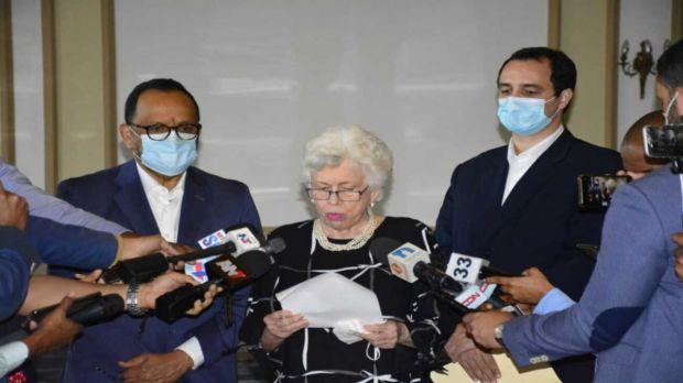 Abinader suspende a 36 funcionarios por no presentar su declaración jurada