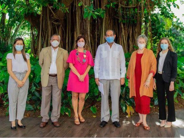 Ponen en marcha plan de acción para el estudio de enfermedades en los arrecifes de coral de RD