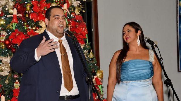 Soprano Paola González y el tenor Emmanuel Vargas.