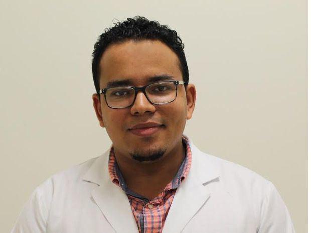 Médico internista de CEDIMAT gana concurso para realizar subespecialidad en hospital de New York