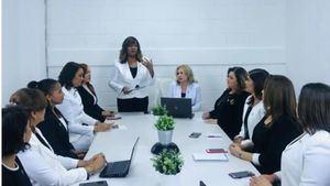 Federación de Mujeres Empresarias Dominico Internacional celebra su 25 Aniversario.