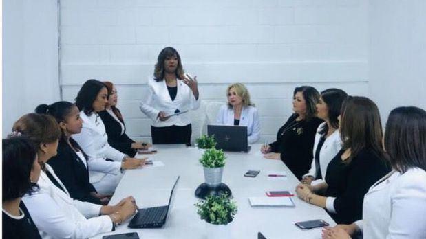 Federación de Mujeres Empresarias Dominico Internacional celebra su 25 Aniversario