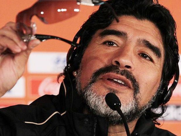 """Herederos de Maradona pueden """"vivir toda su vida sin trabajar"""", según abogado"""