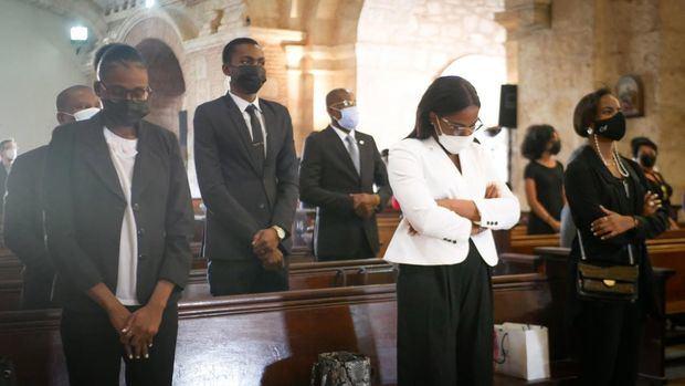 Embajada de Haití celebra misa por las víctimas del terremoto del 2010