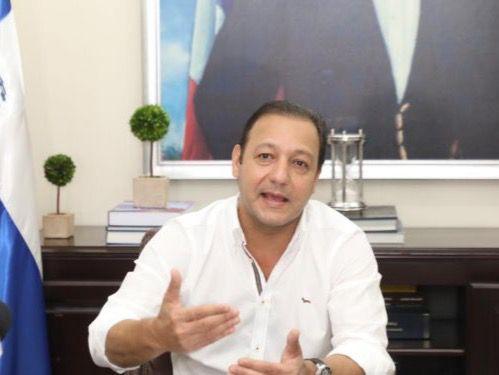 Procuraduría se desliga de allanamiento a Abel Martínez