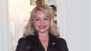 Rosa Hernández de Grullón en su papel como Embajadora de la República Dominicana en Francia.j