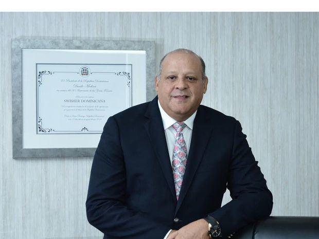 Augusto Reyes, nuevo presidente de la Asociación de Empresas de Zonas Francas de Santiago