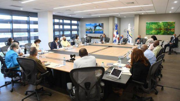 INFOTEP, Presidencia y sectores de la construcción coordinan formación trabajadores de la industria