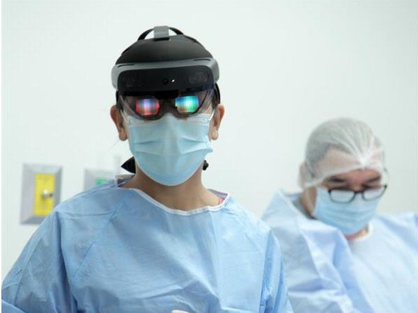 La realidad mixta, una revolución en la cirugía