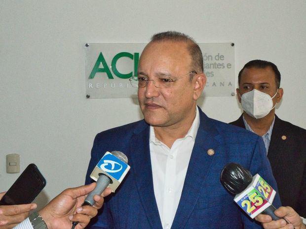 director general del Centro de Desarrollo y Competitividad  Industrial, PROINDUSTRIA, Ulises Rodríguez.