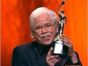 Johnny Pacheco, ganador del Premio Soberano en el año 2009.
