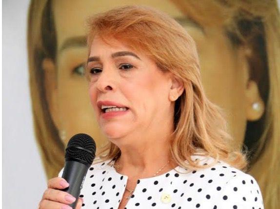 Nueva presidenta dice unos 50 notarios mueren por Covid