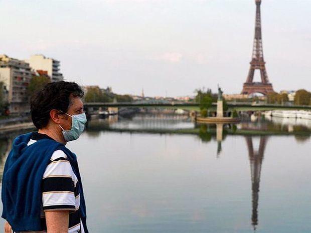 Francia suma 22.046 casos y 160 muertos por coronavirus en un día.