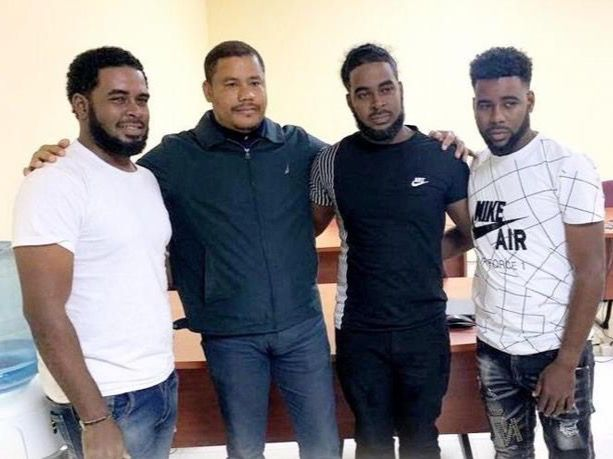 Llegan a la República Dominicana los dos hermanos secuestrados en Haití.