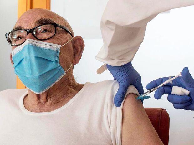El Gobierno incluye ahora a las personas de 68 años en la vacunación
