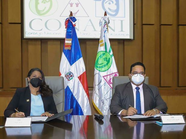 Oficina de Bienes Incautados y CONANI firman acuerdo de comodato