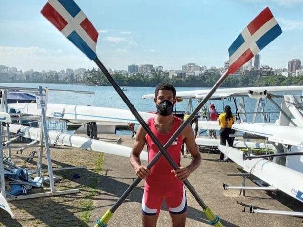 El remero dominicano Vásquez hace historia al clasificarse a Juegos Olímpicos