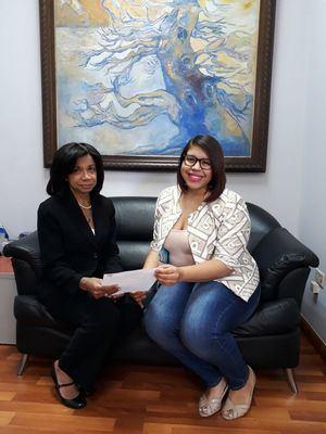 Rhina Ibert, Directora de Diario Hispaniola y Lucero Mateo, especialista de comunicaciones Proyecto Ponte Alerta Caribe.