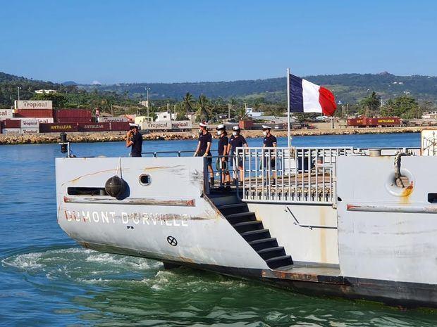 """Buque Frances""""Dumont D´ Urville""""atraca en puerto de Puerto Plata, destacan ubicación estratégica del país"""