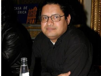 """El venezolano Chirinos recopila 11 cuentos en """"La sonrisa de los hipopótamos"""""""