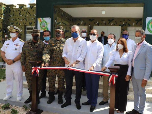 Presidente Luis Abinader inaugura fortaleza del Ejército en La Romana.