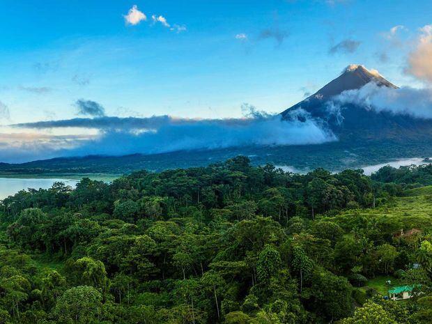Costa Rica anuncia apertura de fronteras terrestres para turistas