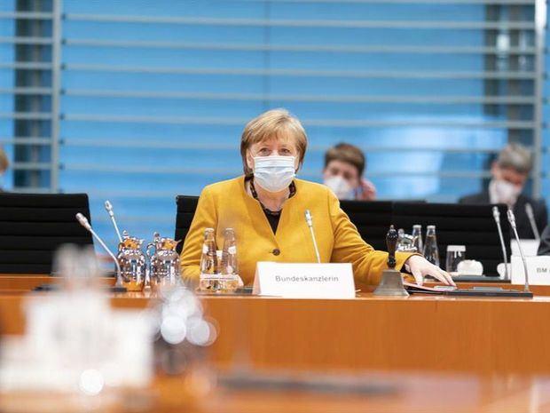 Merkel anula el
