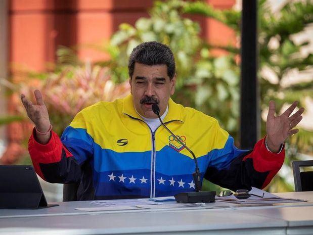 Maduro convoca a un millar de extranjeros para un congreso en Venezuela en junio