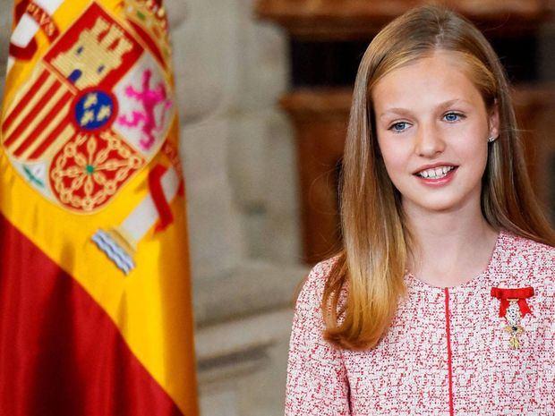 Heredera del trono en España protagoniza su primer acto oficial en solitario