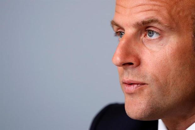 Francia levanta el lunes restricciones de entrada excepto a España y Reino Unido