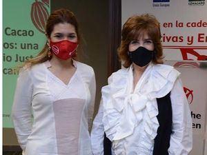 Julissa Almanzar y Yolanda Mañán.