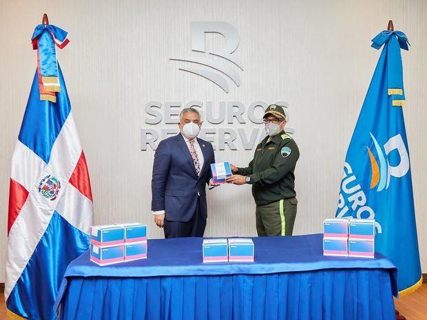 Director General Administrativo, el señor Luis Mejía y Lic. Ramon Antonio Guzmán Peralta.