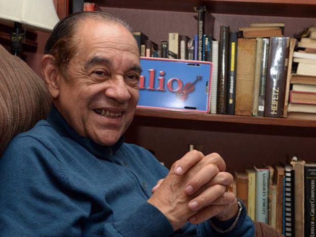 Maestro Julio De Wint Pichardo.