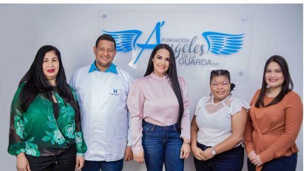 """Fundacion Ángeles de la Guarda presenta su programa """"Ángel Guardián"""" para afectados por covid-19"""