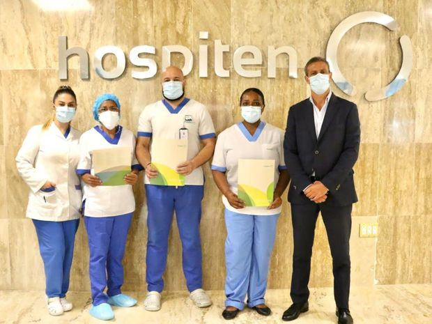 Hospiten reconoce labor de las enfermeras