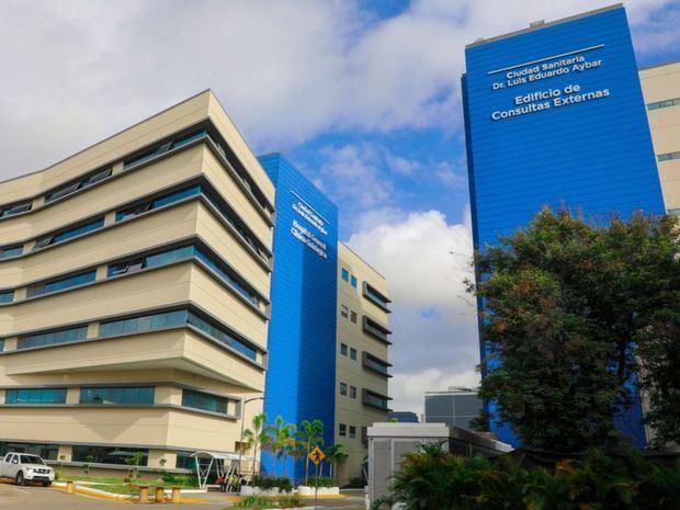 Presidente entrega bloques Materno Infantil y de Consulta Externa de la Ciudad Sanitaria Luis Eduardo Aybar